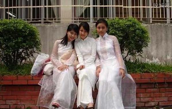 十八岁少女初夜_娶越南老婆初夜行为 少女初夜谢恩场景 国人吓尿(5)