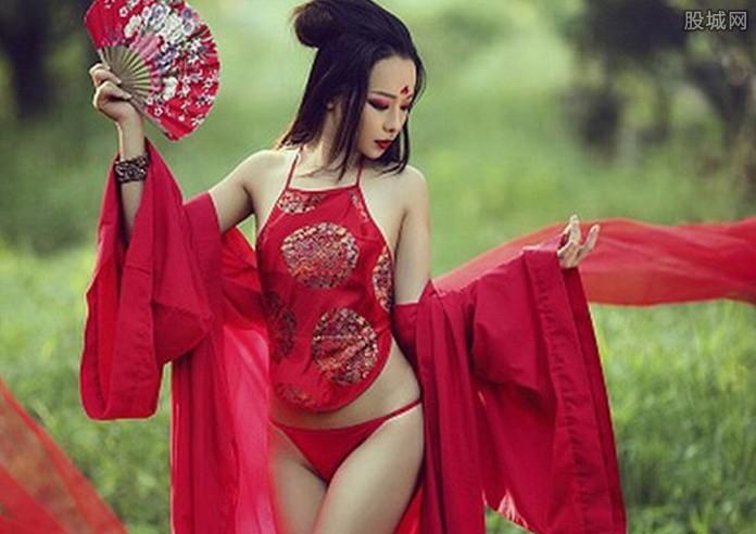 揭秘古代女性內衣竟然流行外穿 肌膚若隱若現