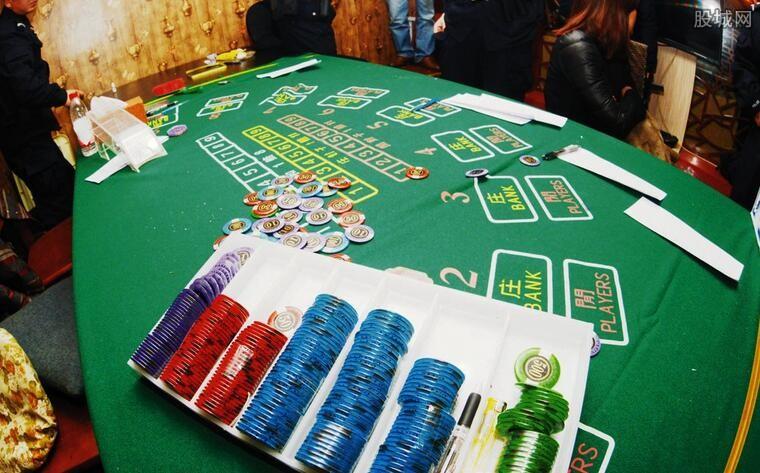学生借160万赌博