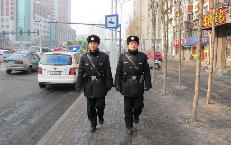 怎样做好社区民警