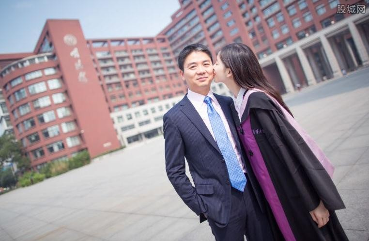 刘强东为什么看上奶茶 自曝娶奶茶妹妹不是因为她漂亮