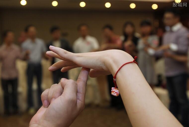 中国光棍潮来袭 中国光棍最多的省什么特点