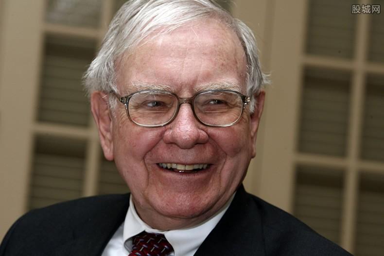 巴菲特称中国企业有趣 揭其作息时间表及长寿秘诀