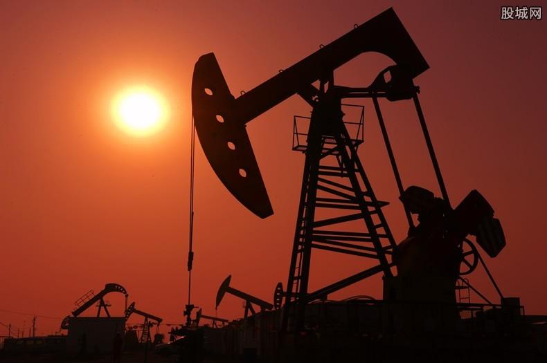 美国威胁伊朗石油
