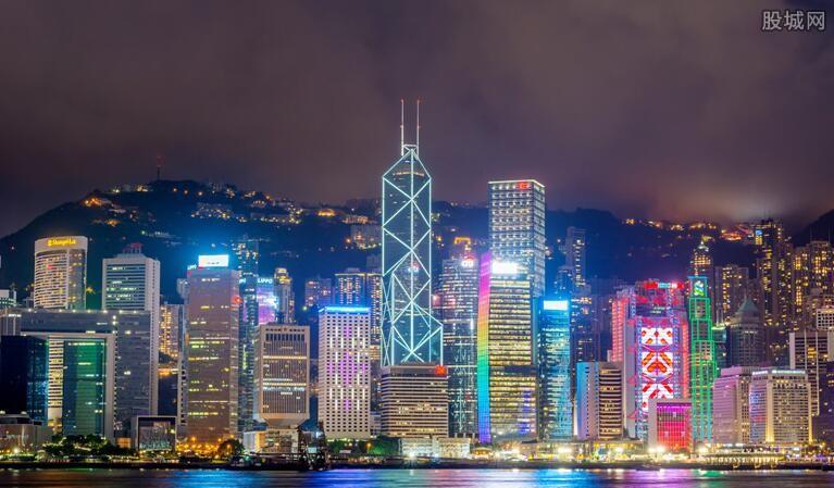 深圳多少人口_中国西部第一大城人口是深圳的2.4倍很多游客说它像个省