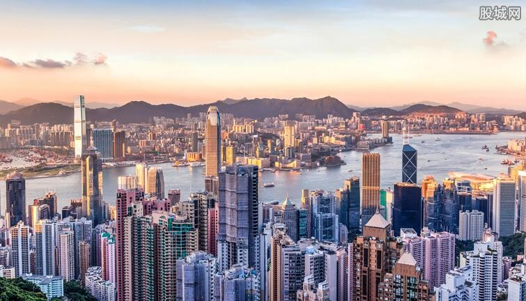 香港月收入最新消息