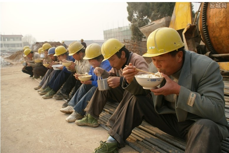 农民工开始返程