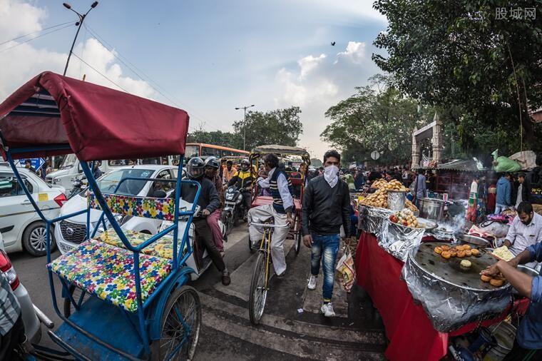 确诊病例总数居世界第三位,印度官员仍然坚持认为该国的疫情控制是有效的