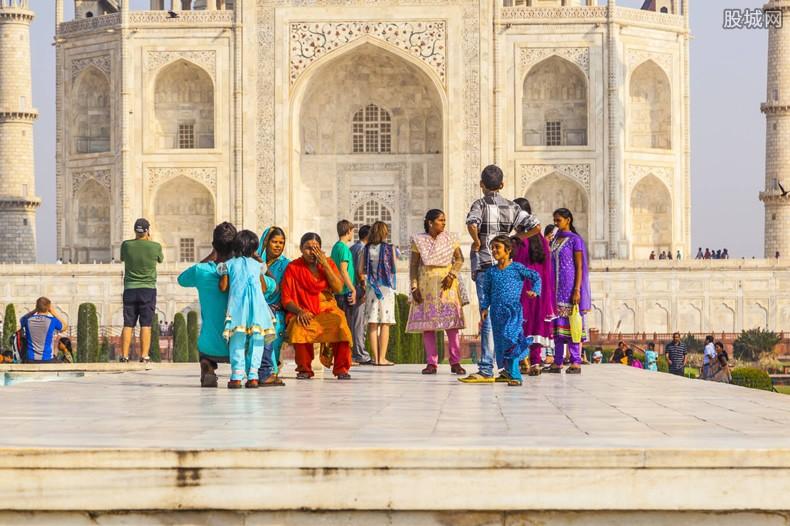 印度人均gdp_印度和中国的实力对比两国GDP差距有多大