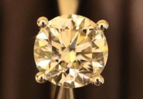 一颗价值超2亿钻石运抵上海88克拉黑钻
