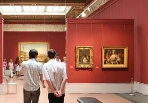丁真所在博物馆游客不断当地旅游业受益匪浅