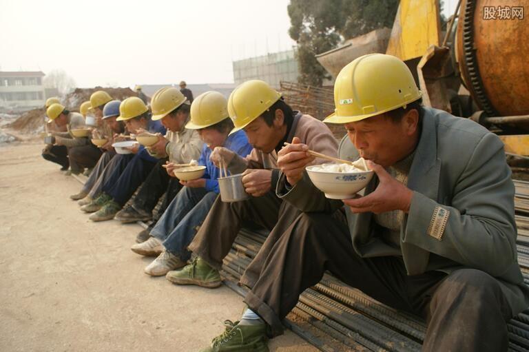 统计农民工收入水平