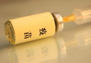 张文宏号召大家打新冠疫苗 可有效预防感染病毒
