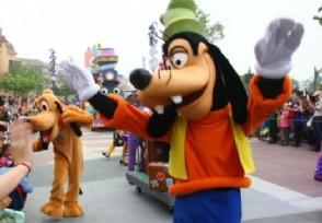 迪士尼拟关闭至少60家专卖店以专注于电商销售