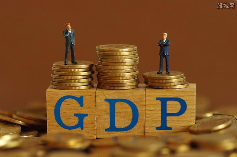 gdp泡沫_4月份经济数据全面解析:如何戳破美国泡沫危机