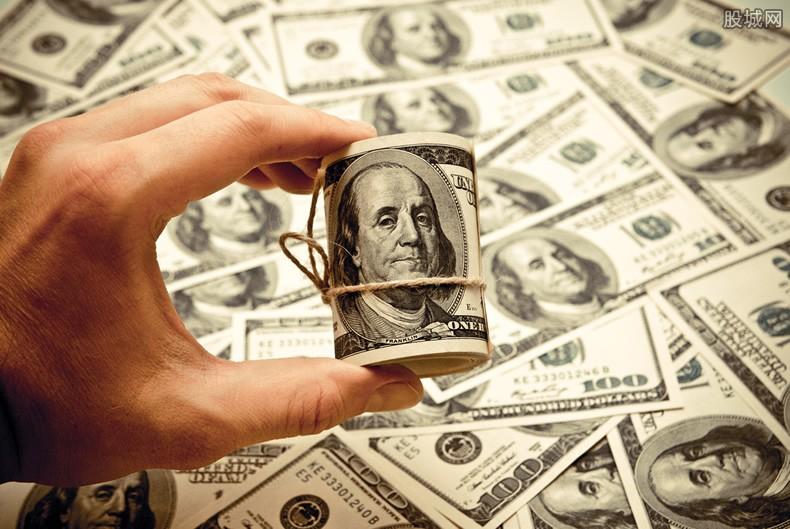 美元排名第一