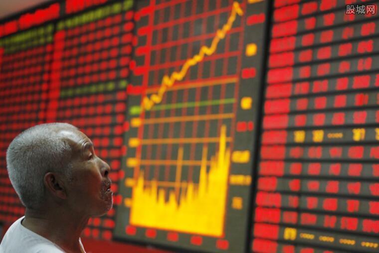 股票创新高后如何操作