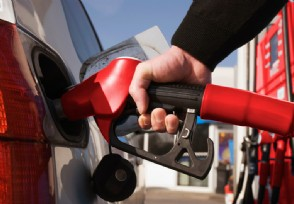 国际原油价格飙涨了60%国内油价也暴涨